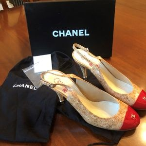 CHANEL Slingbacks Cork and Red toes